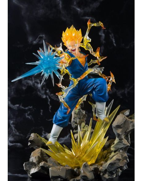 Bandai Dragonball Z FiguartsZERO Super Saiyan Vegetto Tamashii Web Exclusive