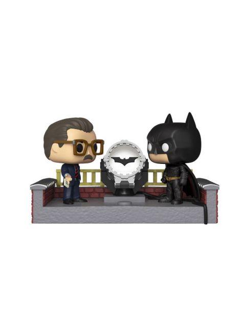 Funko Pop! Movie Moment Batman 80th - Batman with Light Up Bat Signal