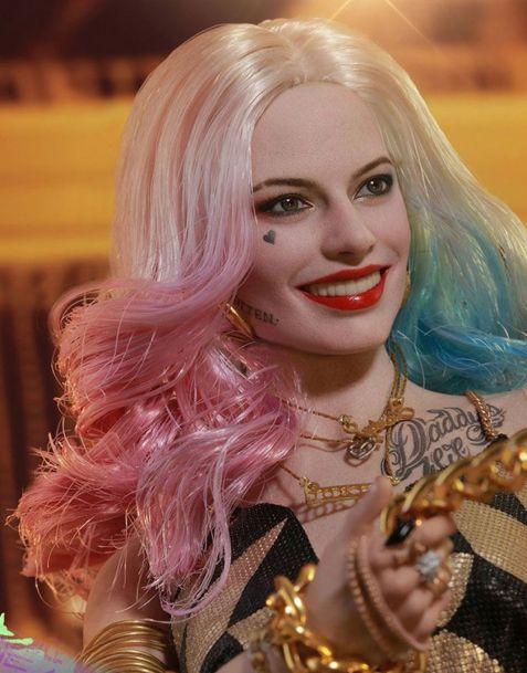 Hot Toys Suicide Squad Movie Masterpiece Action Figure Harley Quinn Dancer Dress Version