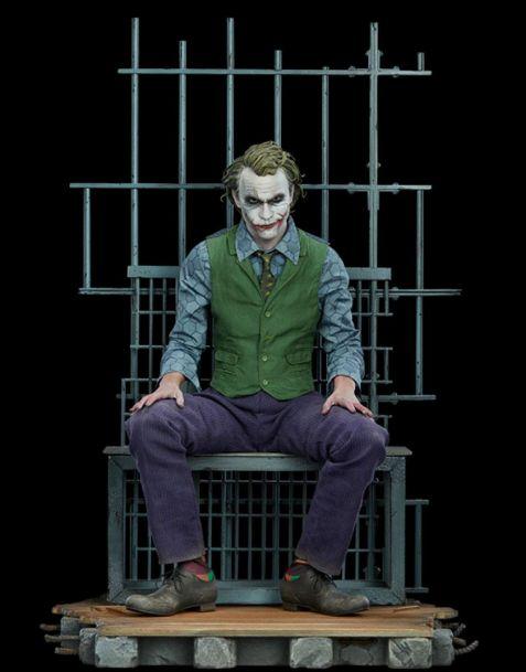 Sideshow Batman The Dark Knight Premium Format Figure The Joker