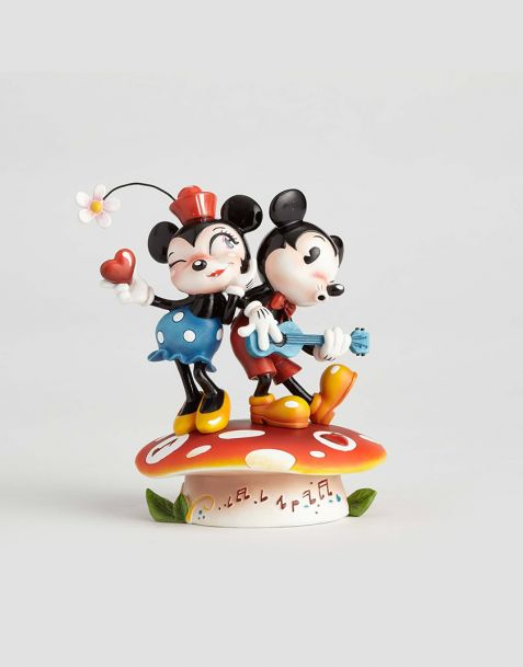 Disney Showcase Collection - The World of Miss Mindy Mickey Mouse & Minnie Mouse